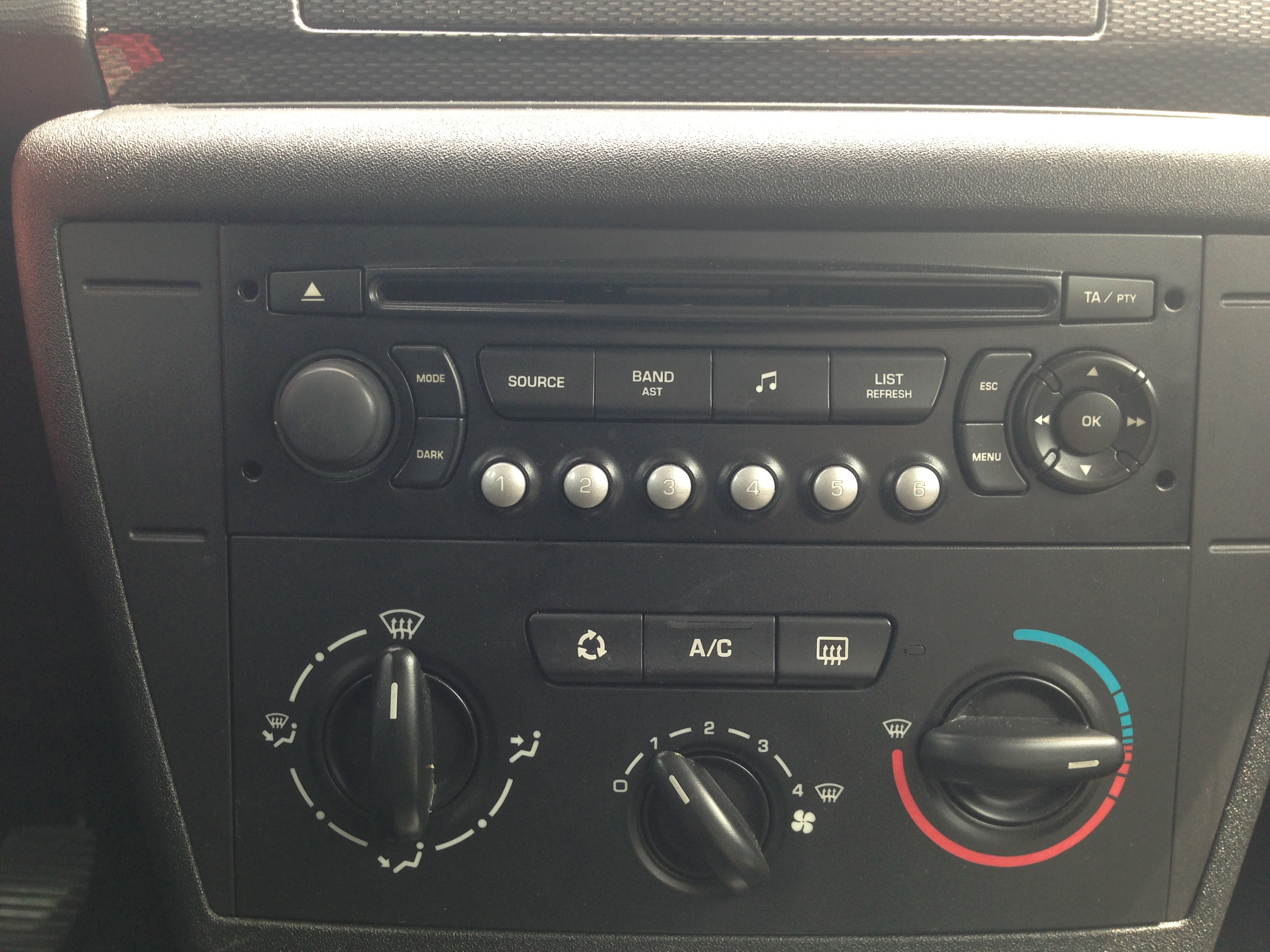 5 - interface autoradio    carte son